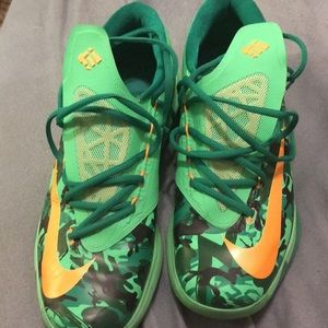 Nike KD zoom 10.5 Easter hard to find style size